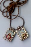 BROWN PLASTIC SCAPULAR